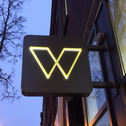 Sign0_W.jpg